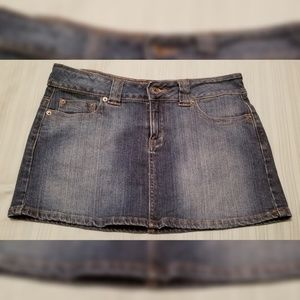 Guess Jeans Denim Skirt Size 28